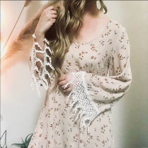 AUDREY Floral Bohemian Lace Bell Sleev Tunic Dress
